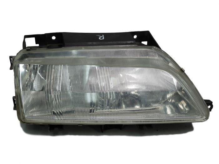 Citroen SpaceTourer 2016-/> Front Fog Light Lamp O//S Driver Right